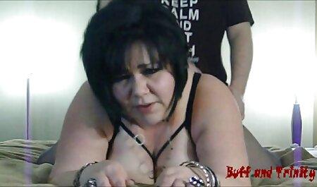 Moscow porn comics one slut masturbating pussy on webcam